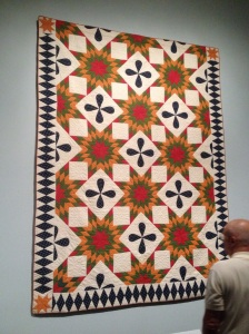 I love the half blocks on the sides - you almost never see this in quilts made today.